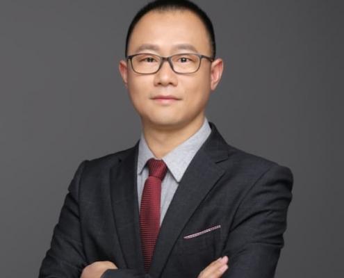 Jianzhong Yang